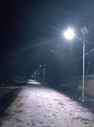 克山8米太阳能龙8国际欢迎您夜间